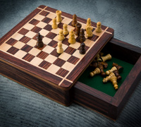 Rosewood and Maple Travel Chess